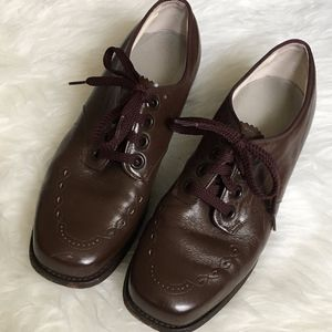 Shoes - VTG Women's Brown Leather Oxford Tie-up Shoes 7.5